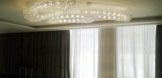 Отель Sheraton Grand, Дубай, Manooi Crystal Chandeliers